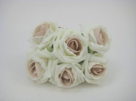 YFB43LILA 6 X 6 CM IVORY COTTAGE ROSE WITH LATTE BLUSH CENTRE