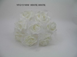 YF151WW  8 x GLITTER ROSE BUNCH IN ALL WHITE WITH ORGANZA