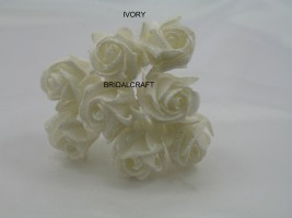 YF109 Sparkle 3cm Rosebuds