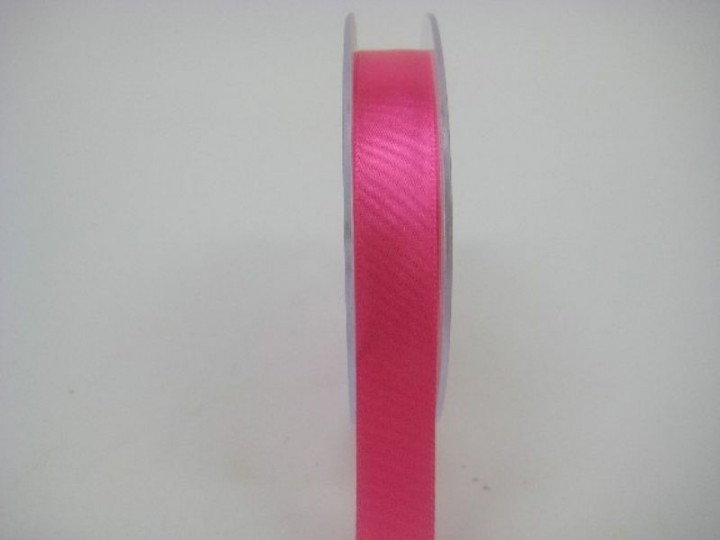 15 MM X 22.5 METRES SATIN RIBBON IN HOT PINK -IF QUANTITY IS MORE THAN 10 PAY £1.05 A ROLL