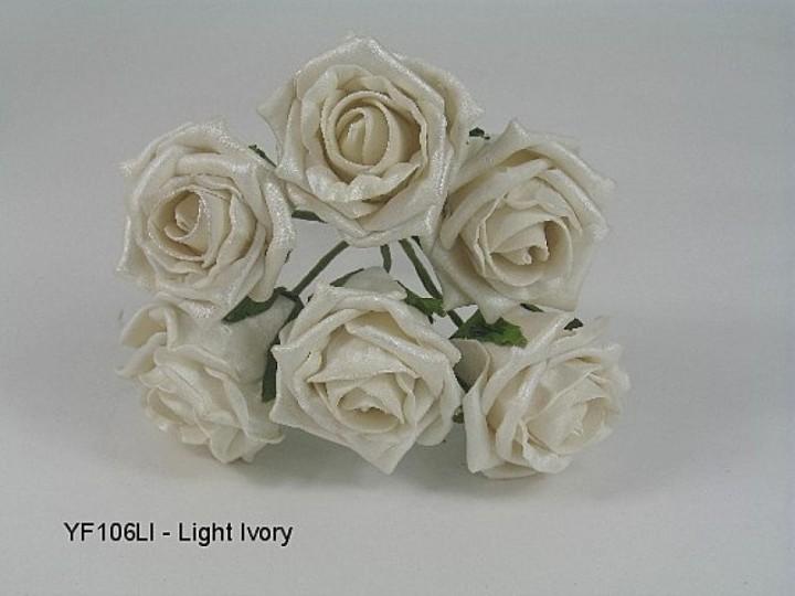 YF106LI  6 x 6 CM OPEN PEARLISED ROSE IN LIGHT IVORY COLOURFAST FOAM