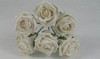 YF106LI  6 x 6 CM OPEN PEARLISED ROSE IN LIGHT IVORY COLOURFAST FOAM