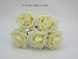YF111VM  OPEN ROSES IN VANILLA MIST COLOURFAST FOAM BUY 36 BUNCHES PAY 90P A BUNCH