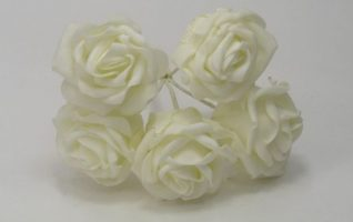 YF149II 5 x 5 CM OPEN ROSE IN ALL IVORY COLOURFAST FOAM- BUY 60 BUNCHES PAY 90P A BUNCH