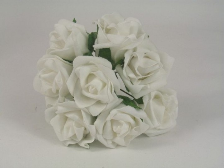 YF21W  8 OPEN ROSES IN WHITE COLOURFAST FOAM