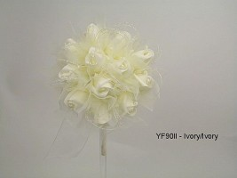 YF90II 15CM Shimmer Sparkle Posy in All Ivory Colourfast Foam Roses