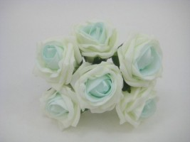 YFB43LIPM 6 X 6 CM IVORY COTTAGE ROSE WITH PEPPERMINT BLUSH CENTRE